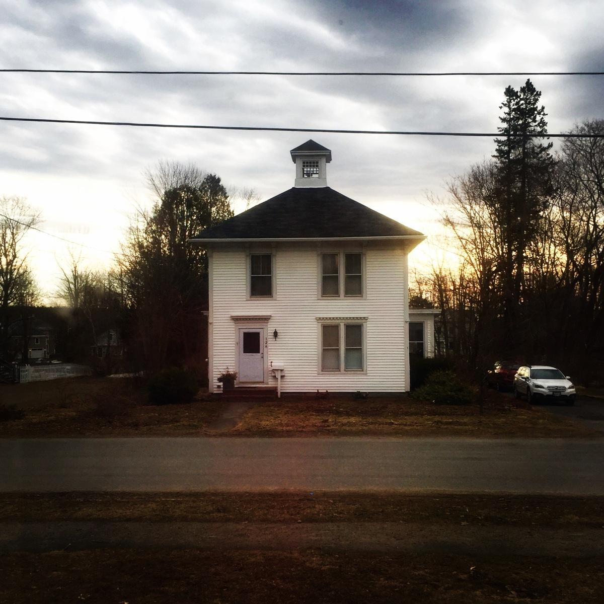 4.17 Sunrise grey sky white house (large view)