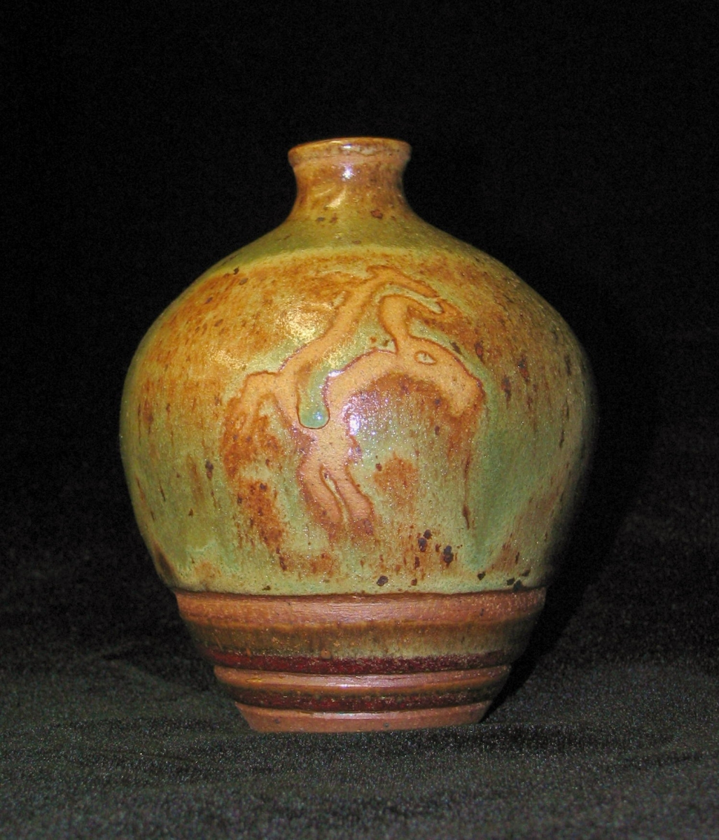 Dancing Horse Bottle (large view)