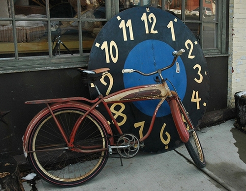 bike & clock