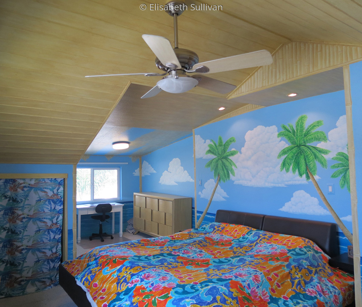 Bedroom Hut Mural (large view)
