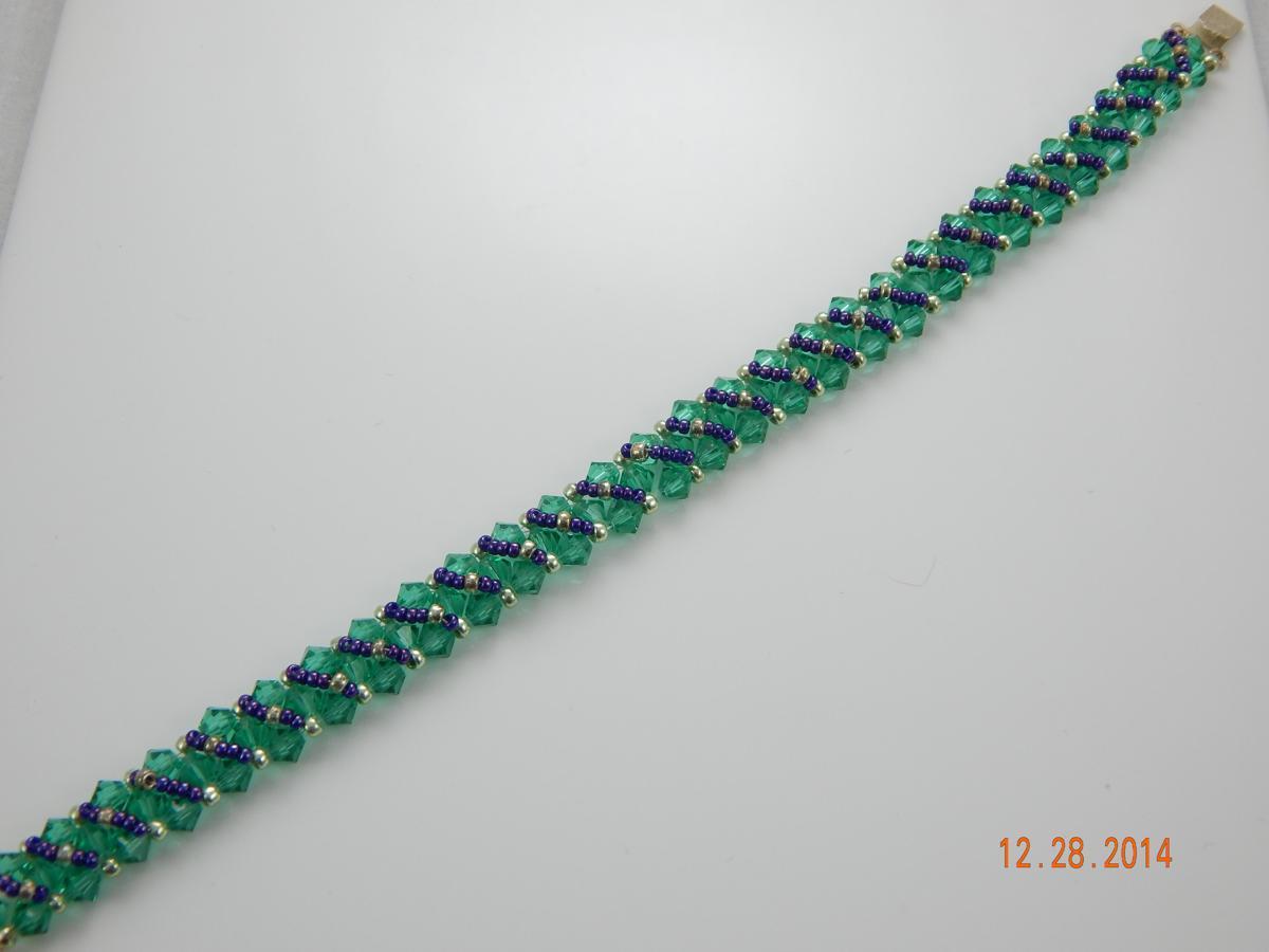 Tennis bracelet (large view)