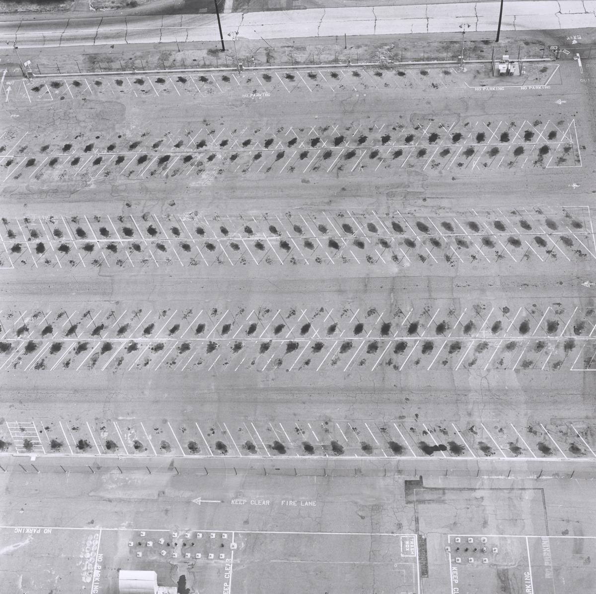 Lockheed Air Terminal, 2627 N. Hollywood Way, Burbank (large view)