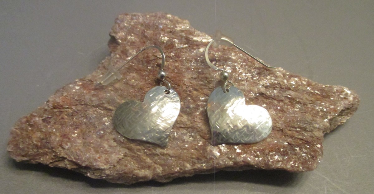 Sterling Silver Heart Earrings (large view)
