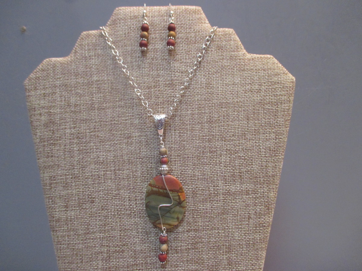 Red Creek Jasper Necklace and Earrings (large view)