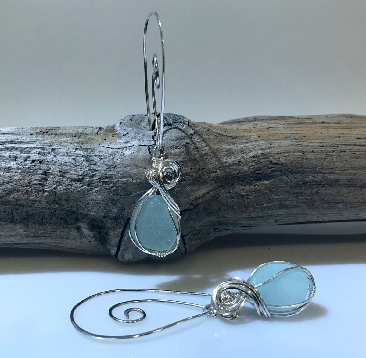 Foaming Ocean Earrings (large view)