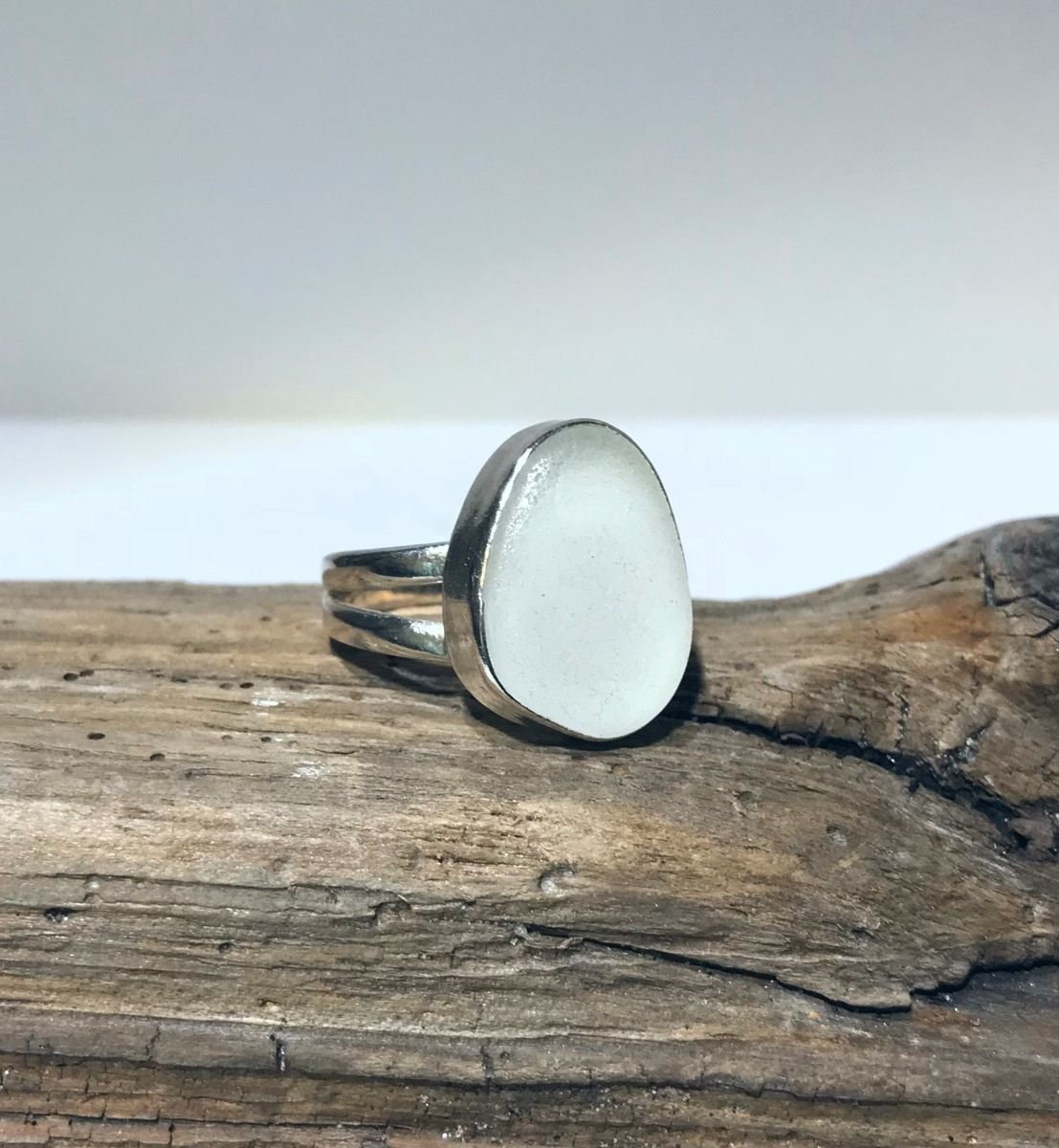 Icy Sea Waves Ring (large view)