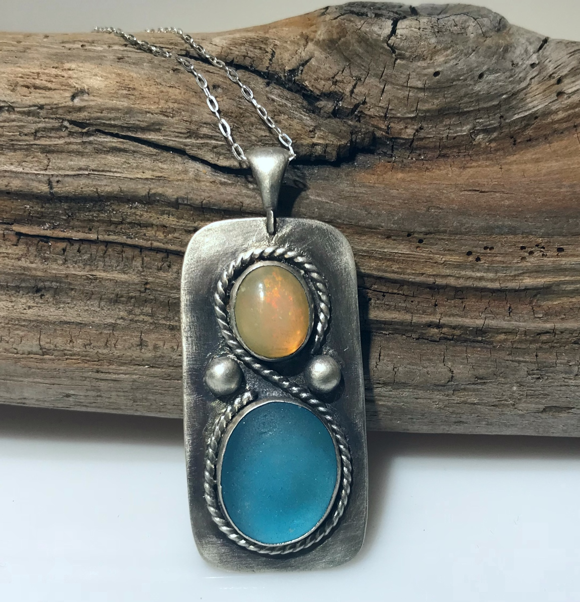 Opal Sands Necklace (large view)