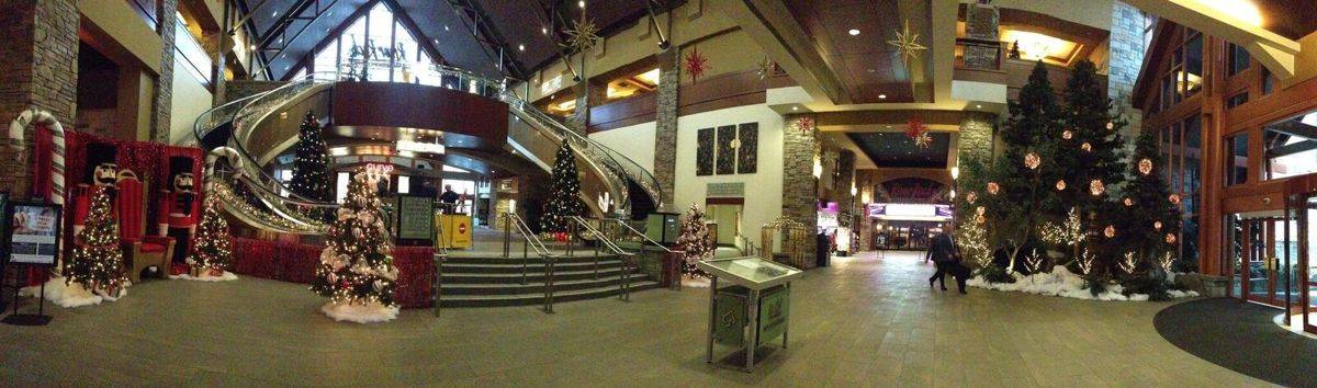 Christmas @ River Rock Casino (large view)