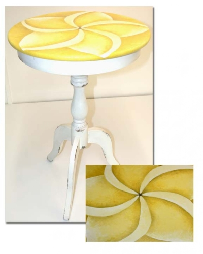 yellow plumeria table