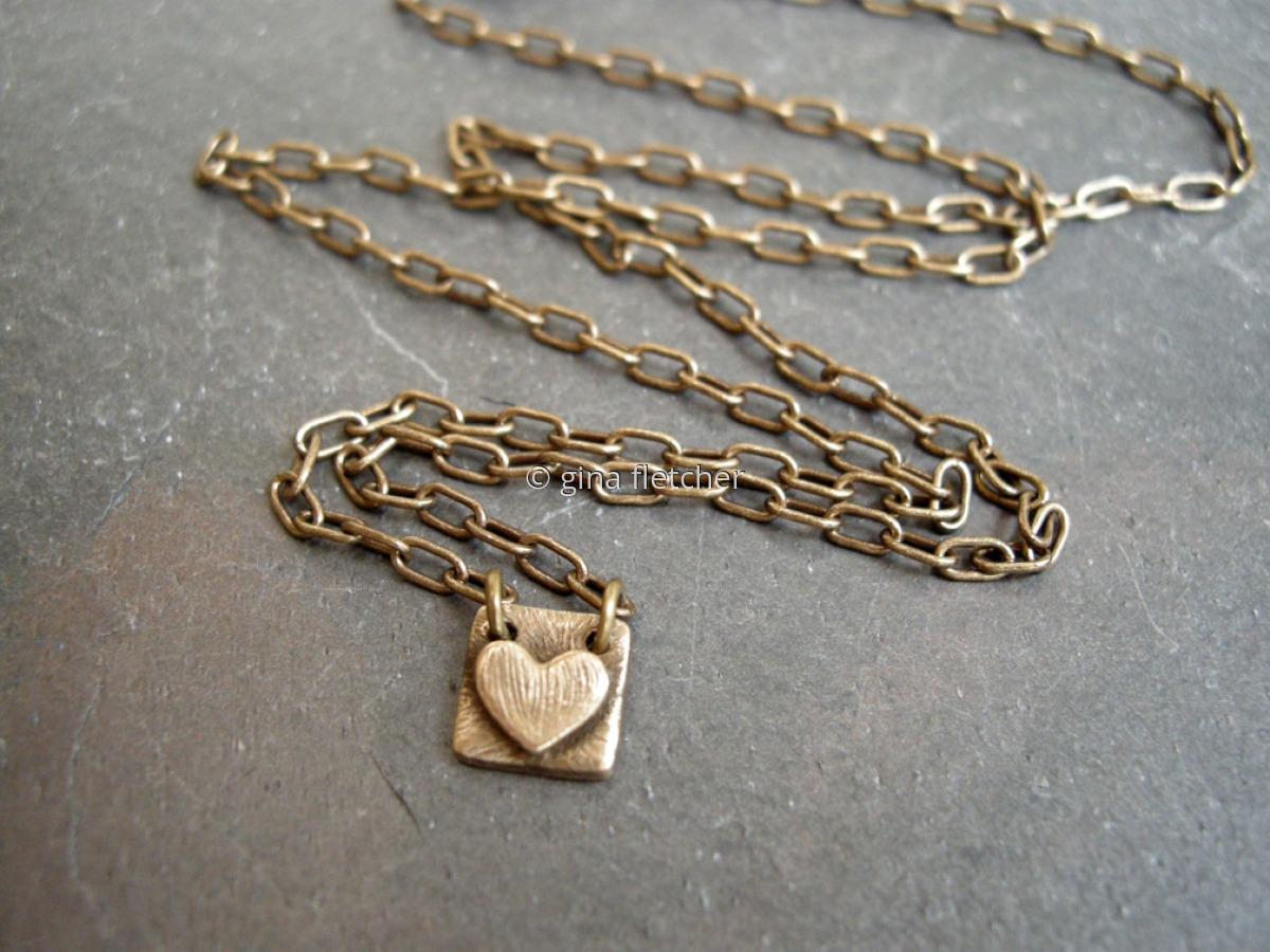 n e c k l a c e . . . bronze . . . tiny heart . . . #925 (large view)