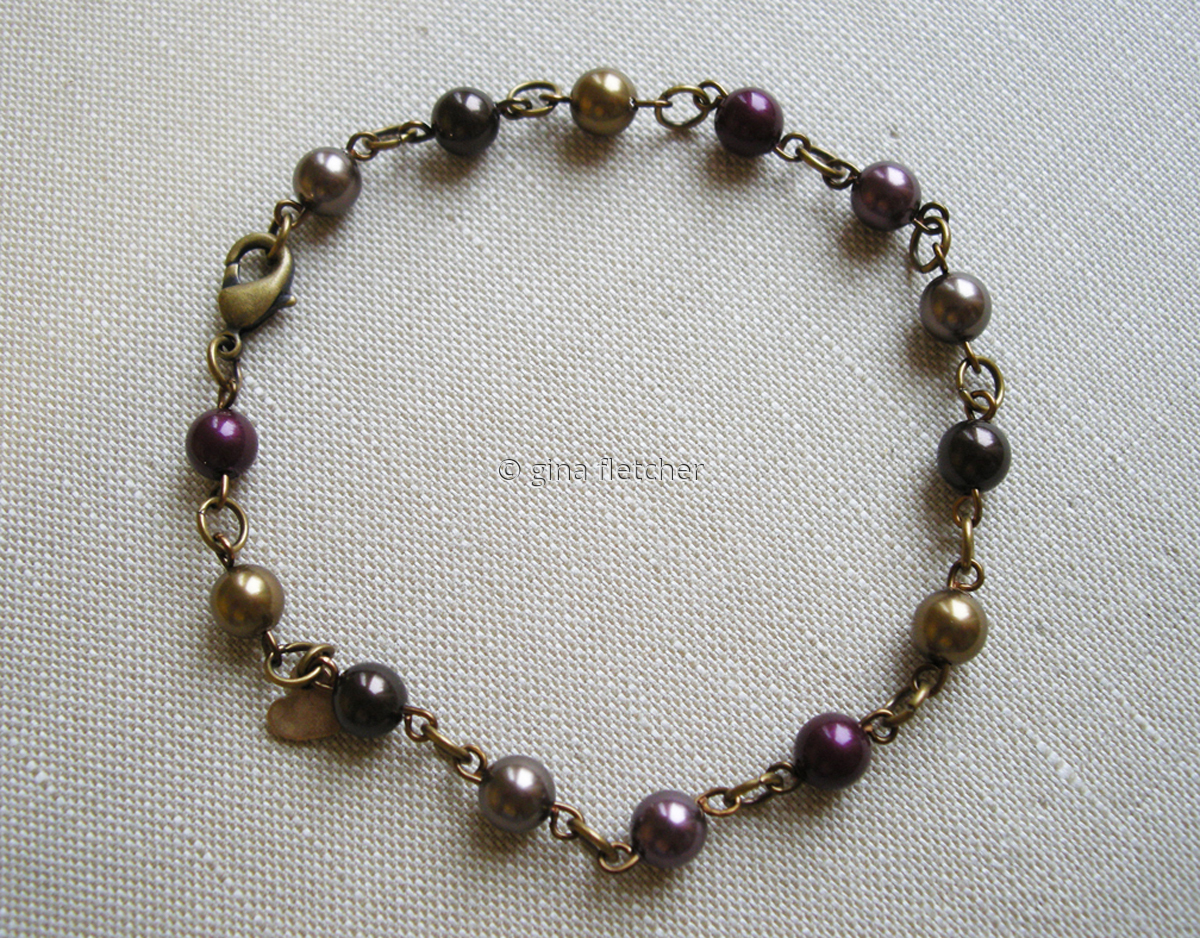 pearl bracelet . . .#002 (large view)