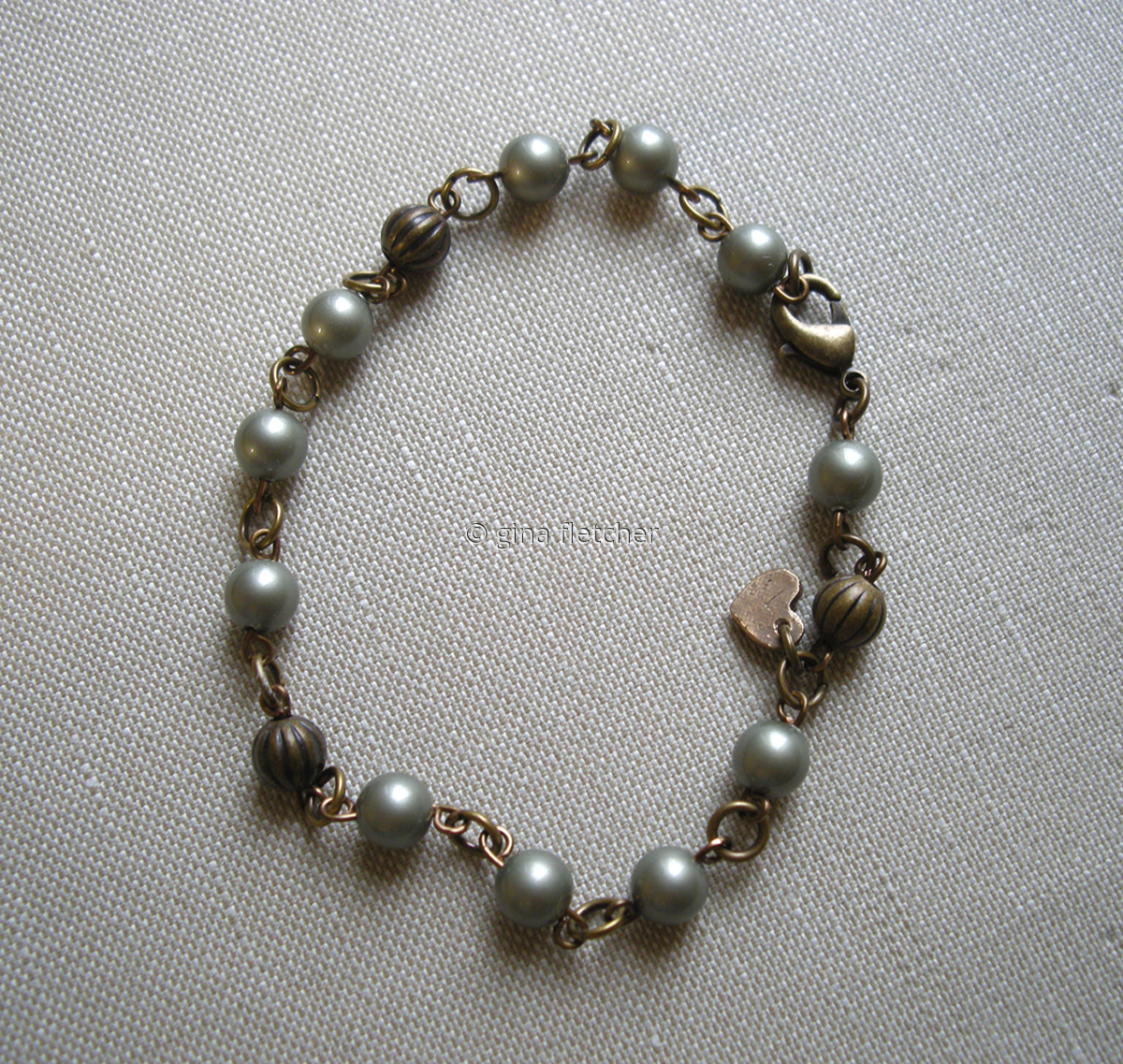 pearl bracelet . . . #006 (large view)