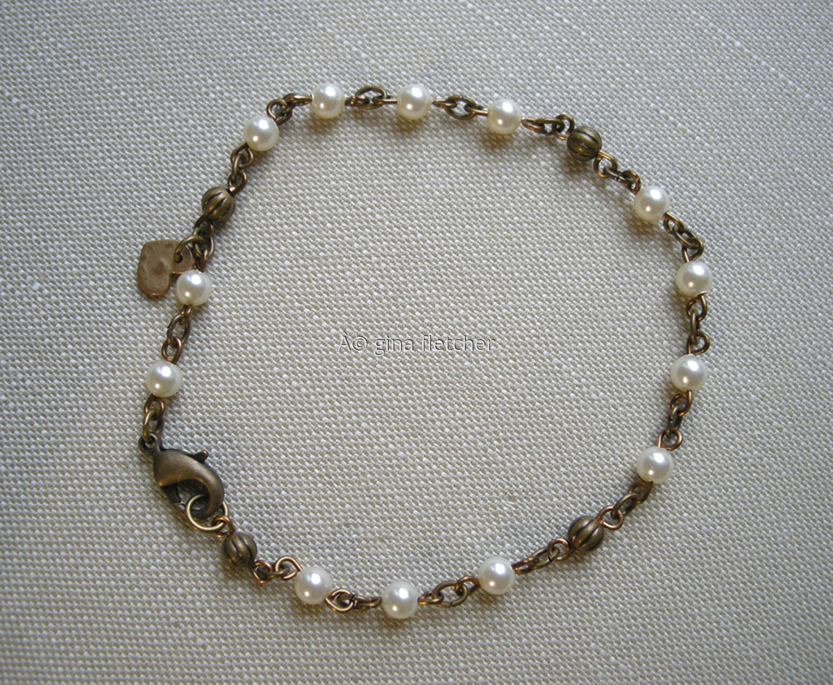 pearl bracelet . . . #007 (large view)
