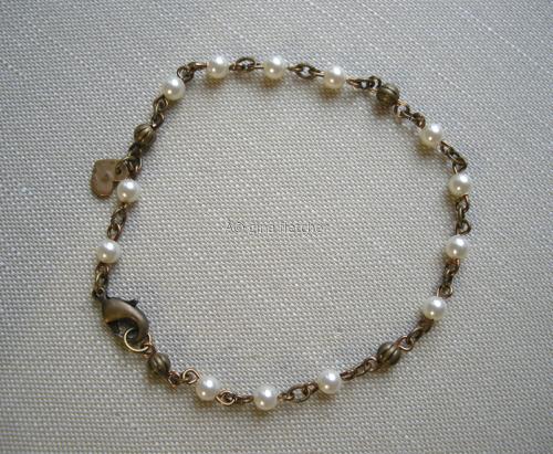 pearl bracelet . . . #007