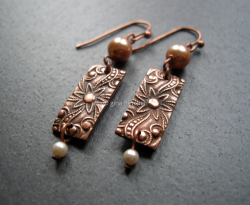 e a r r i n g s . . . copper . . . pearls . . . #019