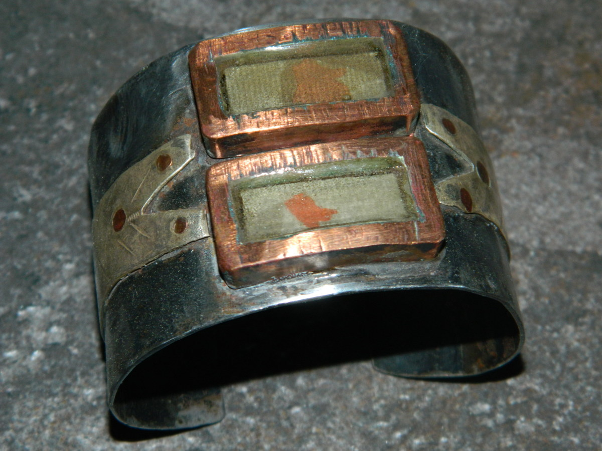 Steel cuff (large view)