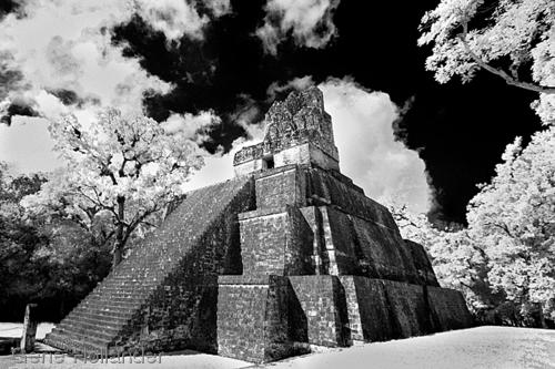 Temple II, Tikal, Guatemala (large view)
