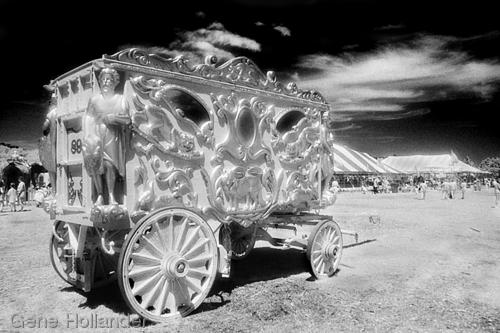 Great Circus Parade Wagon II (large view)