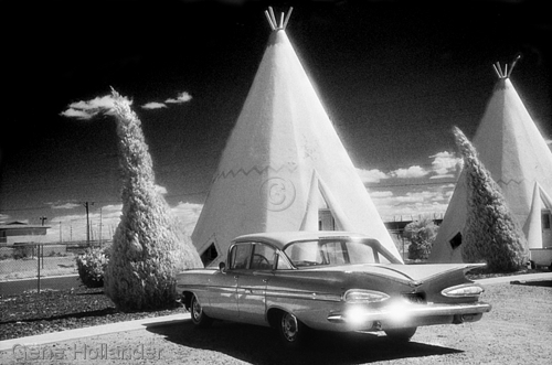 Wigwam Motel Number Two (large view)