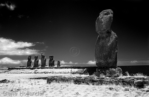 Tahat Archaelogical Complex II, Easter Island (large view)