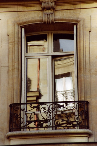 Reflections, Paris