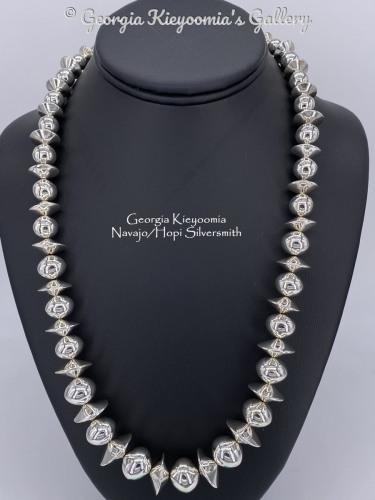 Navajo Pearls by Kieyoomia Gallery