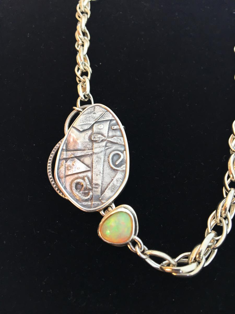 Three in one Opal (large view)