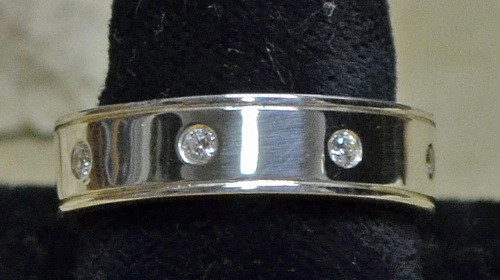 Sterling Band with 8 CZ stones (thumbnail)