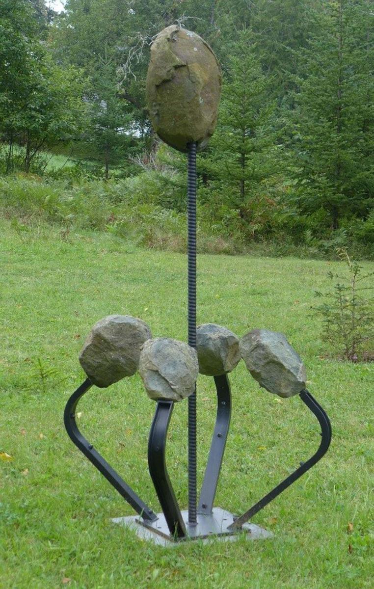Stone Bouquet (large view)
