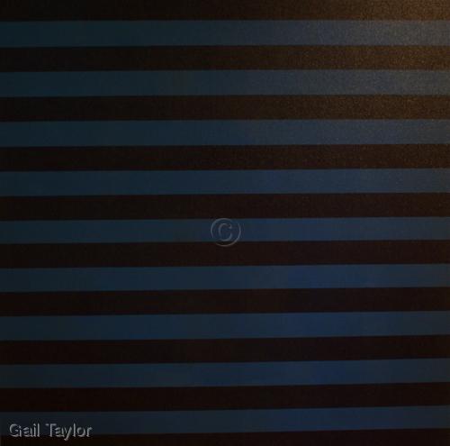 Black/Blue stripes (large view)