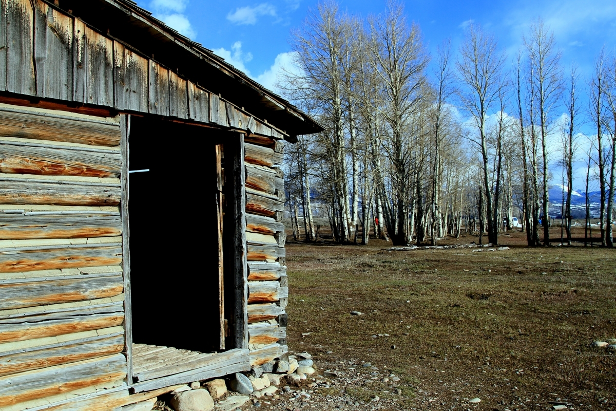 Teton's old structure (large view)