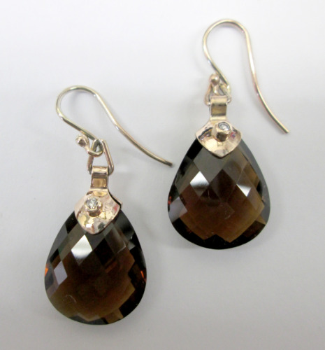 Beer quartz drop earrings