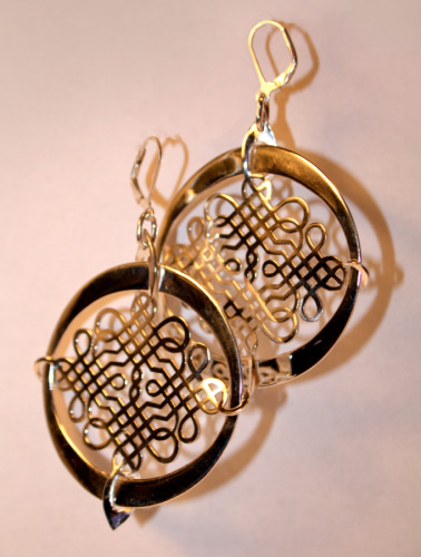Silver arabesque earrings