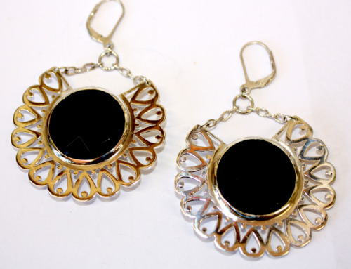 Pierced silver and onyx earrings