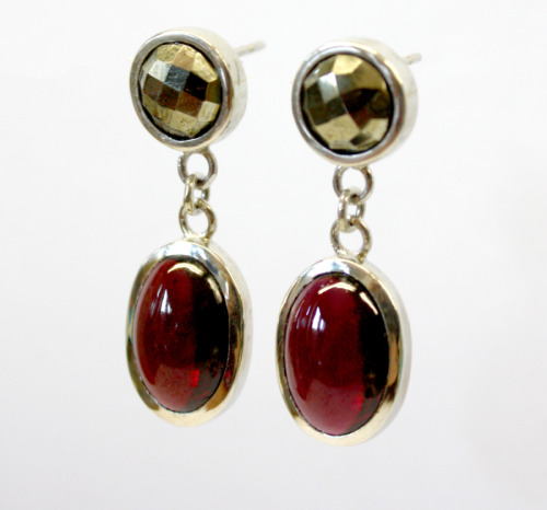 Silver drops with garnets and pyrites