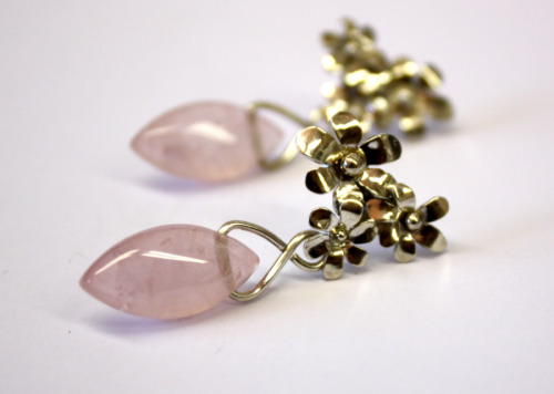Silver and rose quartz flower earrings