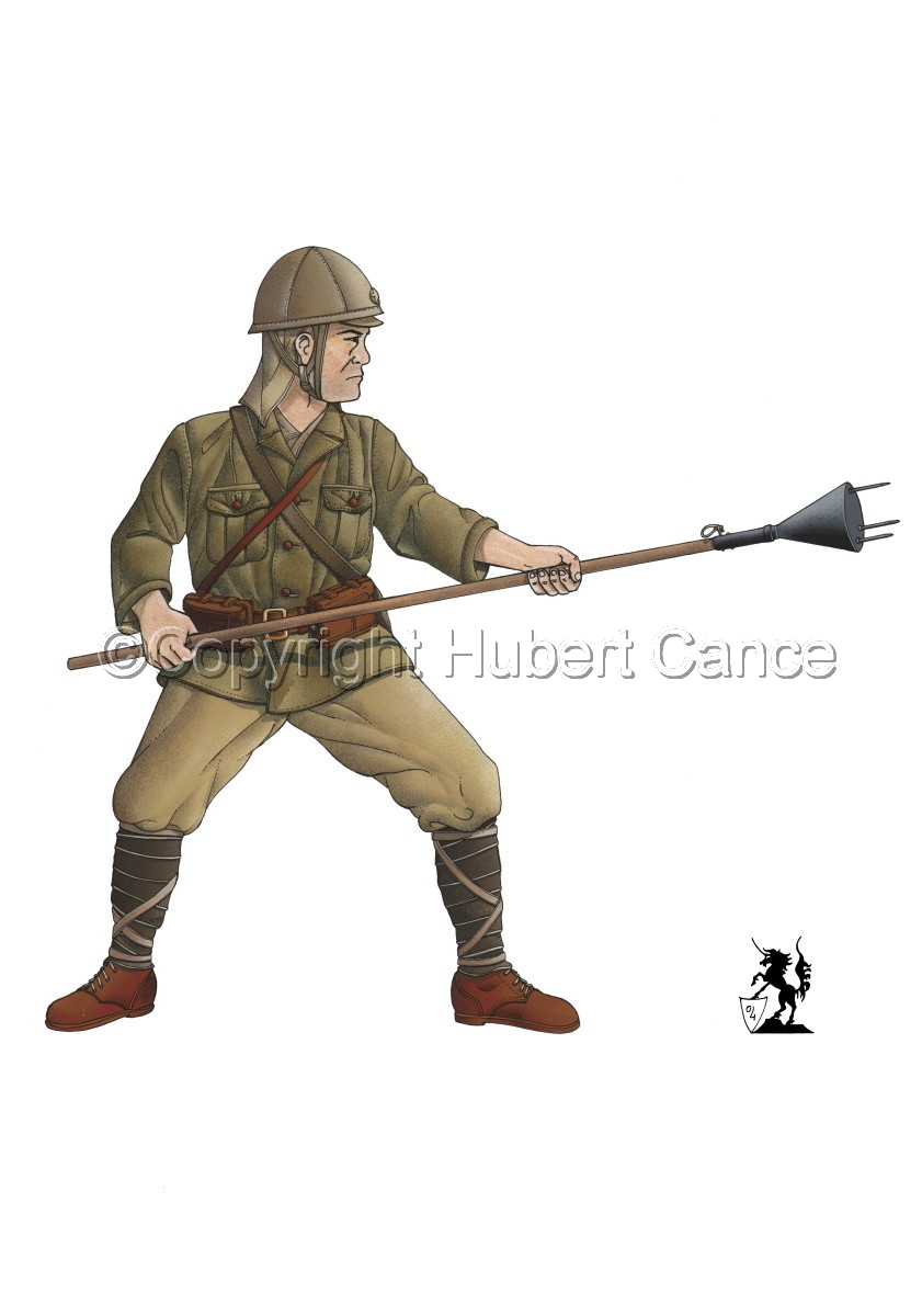 Japanese suicide soldier (1944) (large view)