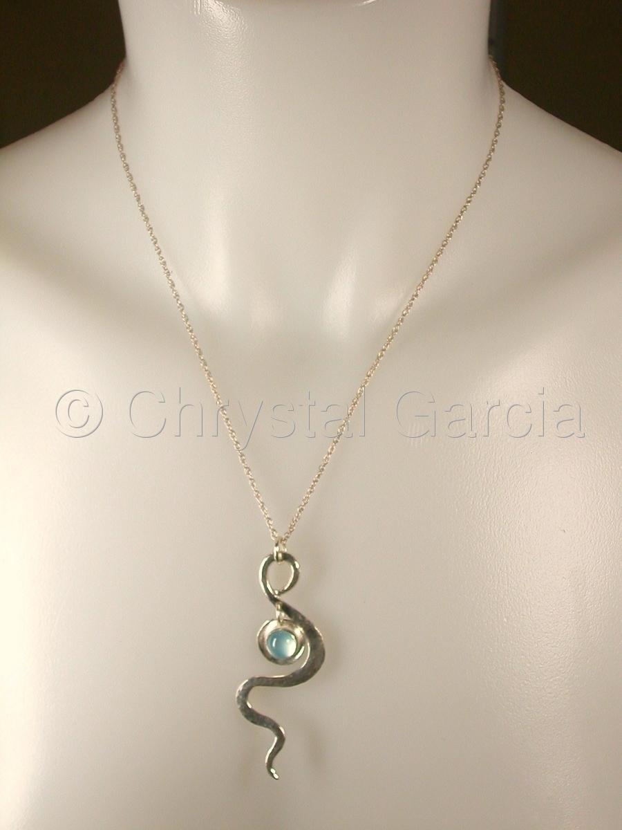 Serpentine Aquamarine Necklace (large view)