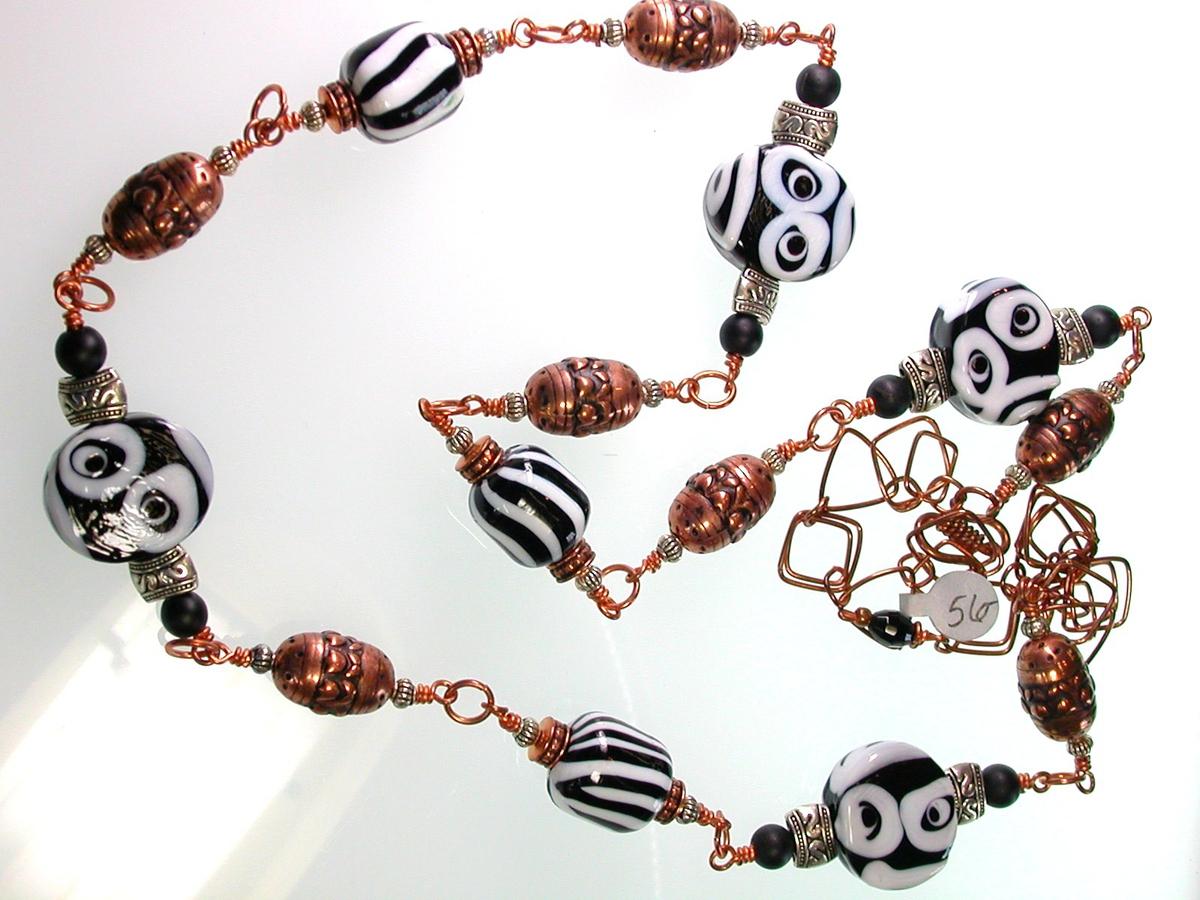 Monkey Face Necklace I (large view)
