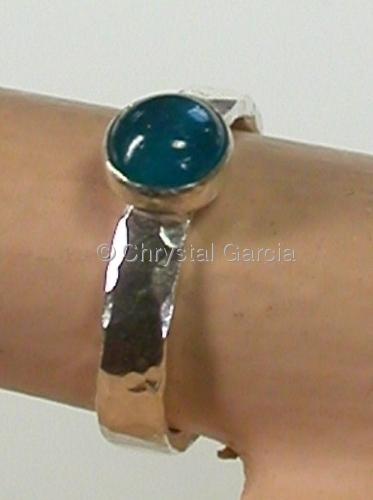 Petite Aquamarine Ring (large view)