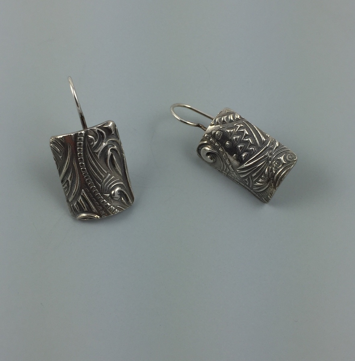 Shield Earrings (large view)