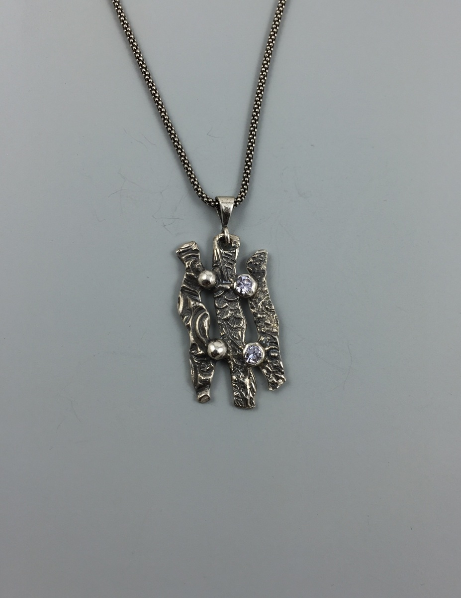 Barcelona Necklace (large view)