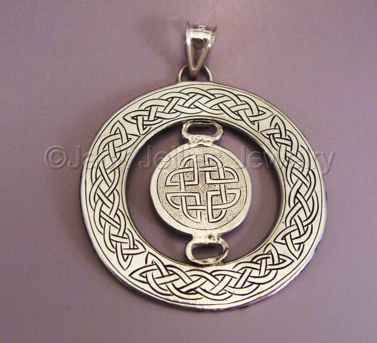 Engraved Sterling Silver Celtic Knotwork Pendant (large view)