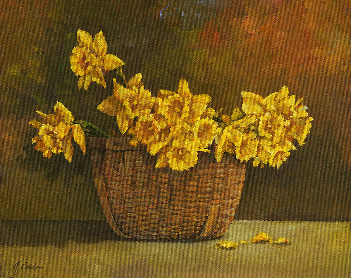 Antique Basket with Daffs (large view)