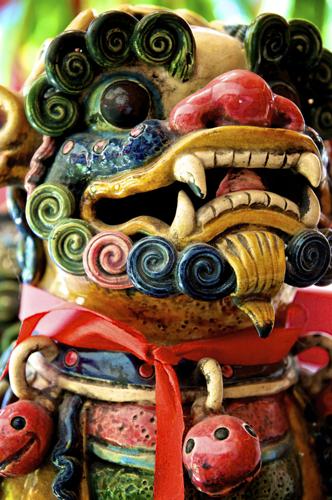 Ceramic Chinese Foo Dog