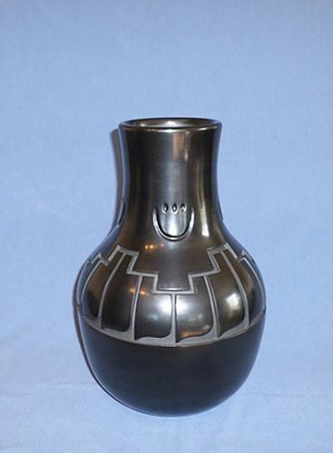 Black Water Jar