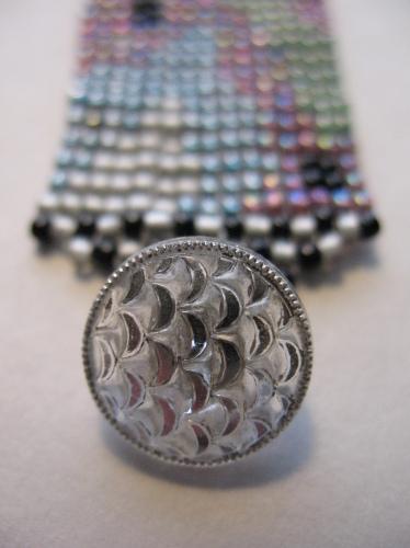 Amoeba, button detail