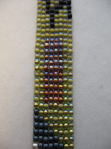 Static Neckpiece (large view)