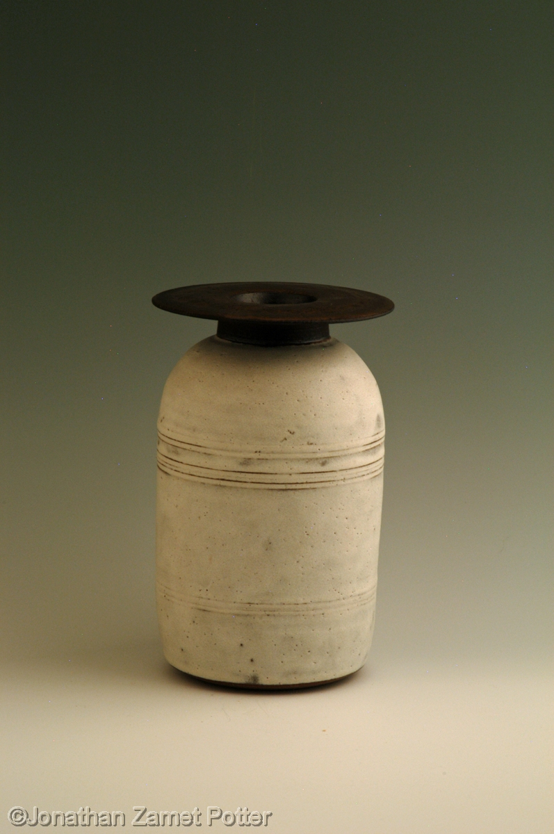 Bottle vase (large view)