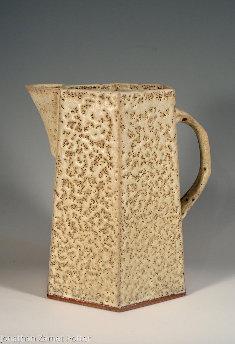 Hexagonal jug (large view)